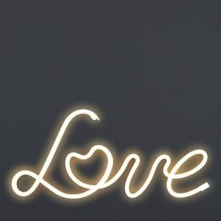 Lighting LOVE - always wanted a neon sign in your home? Here it is!