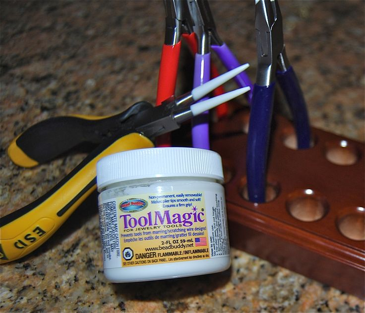 How to Keep Jewelry Tools From Marring Your Metal