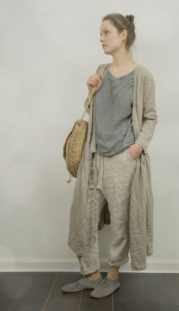 Etsy の Wrap Dress / Jacket in Natural Linen by KnockKnockLinen