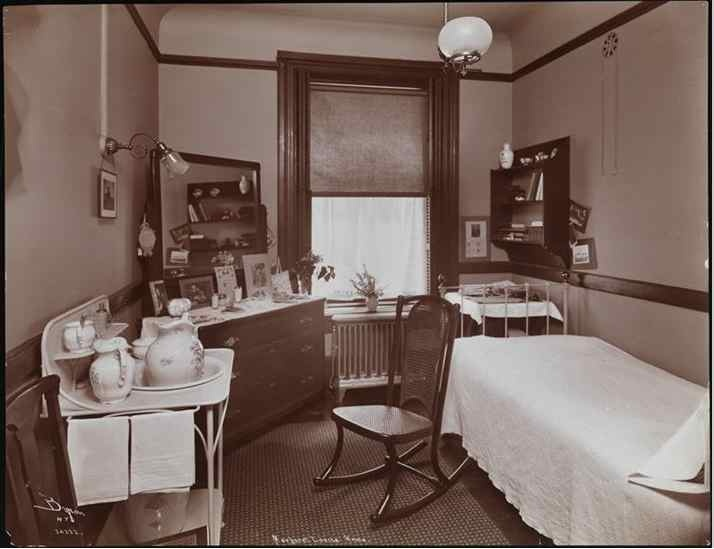 Craftsman Bedroom With Unpainted Woodwork Museum Of The City New York 1907 DecorCraftsman HomesCraftsman BungalowsCraftsman StyleBungalow