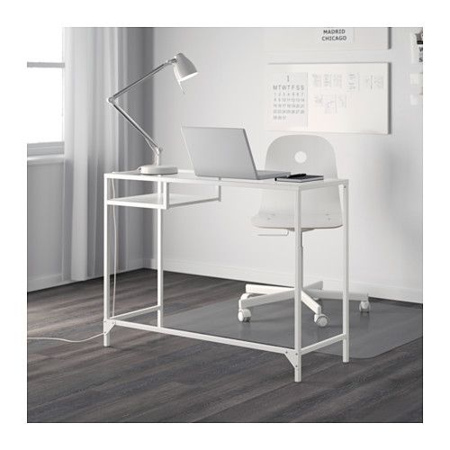 Vittsj table ordinateur portable blanc verre laptop table for Petite table ordinateur