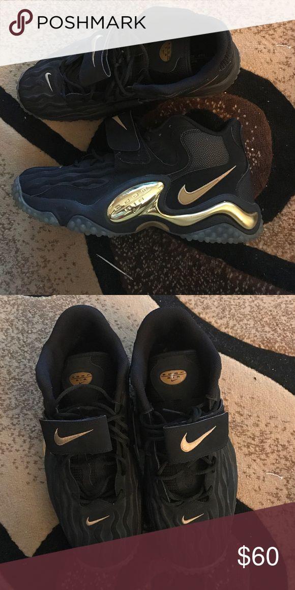 Nike zoom turf jet 97 black/gold Never worn Nike Shoes Sneakers