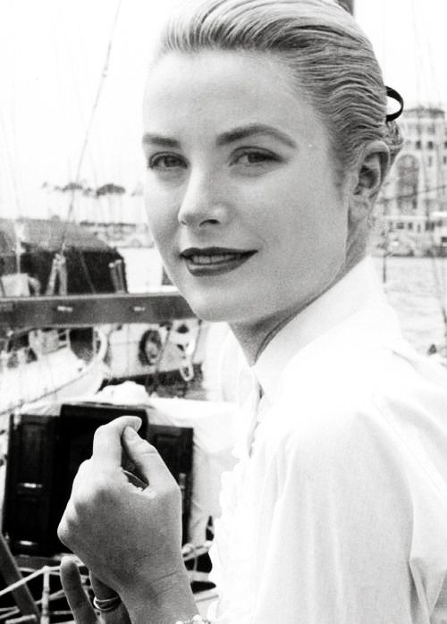 :  Grace Kelly Cannes 1955