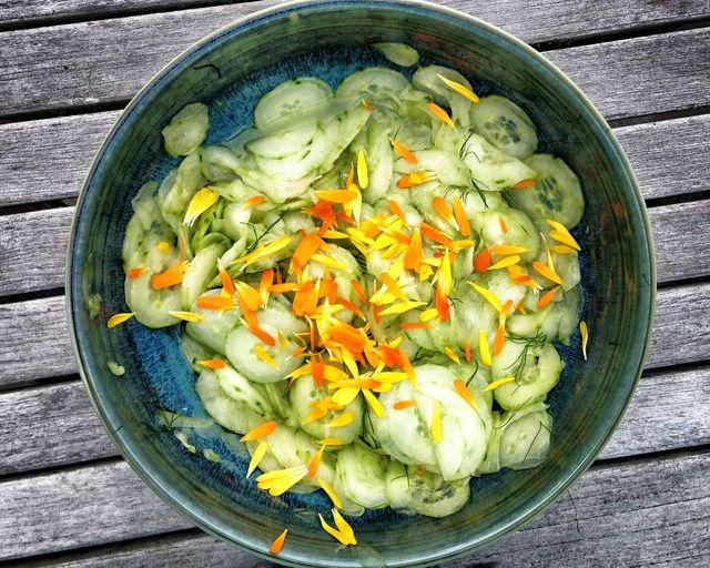 Use Calendula Make Your Salads Beautiful