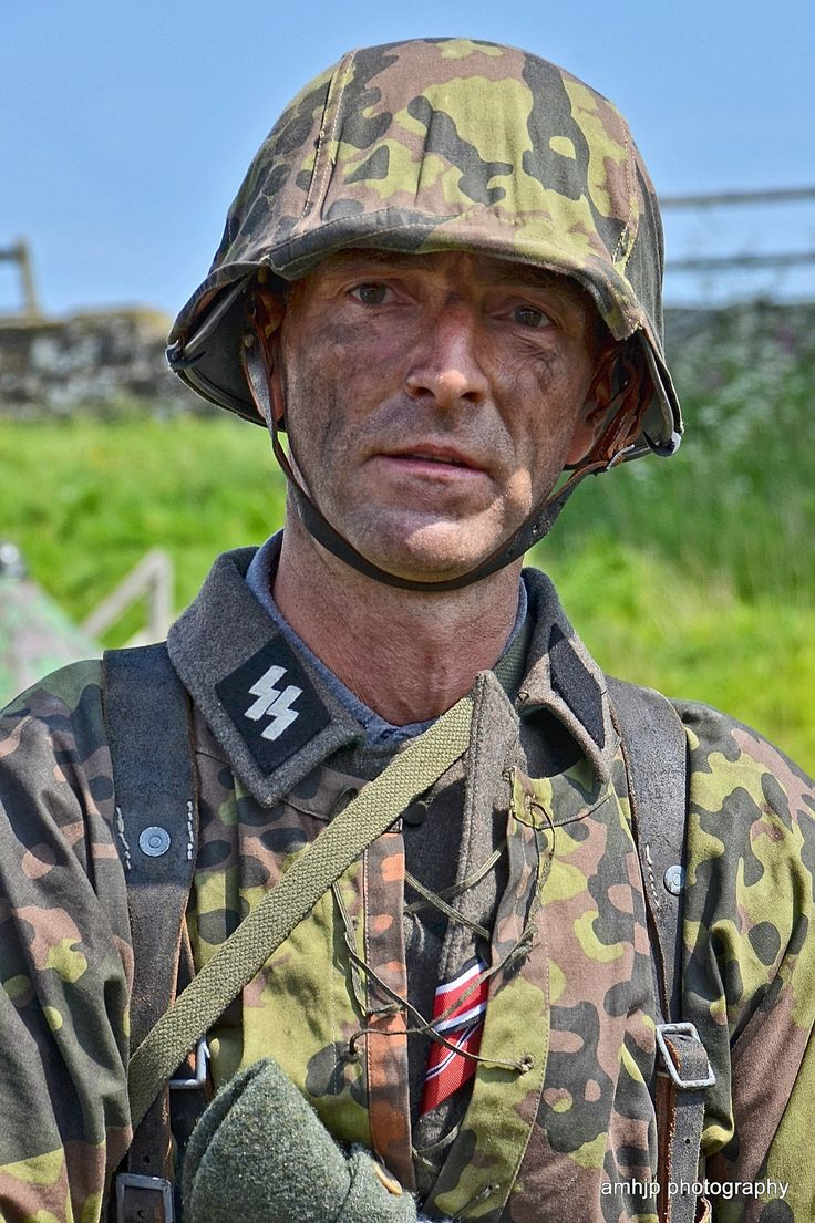 Day reenactment ww ii pictures pinterest - Reenactment German Soldier World War Ii
