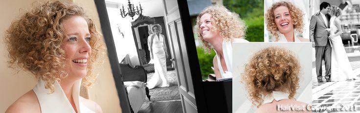 Gelaagd lang kapsel met natuurkrul waarbij lange lengtes in nek speels zijn opgestoken zodat een bob-kapsel wordt gecreëerd. Hair by www.hairvisit.nl