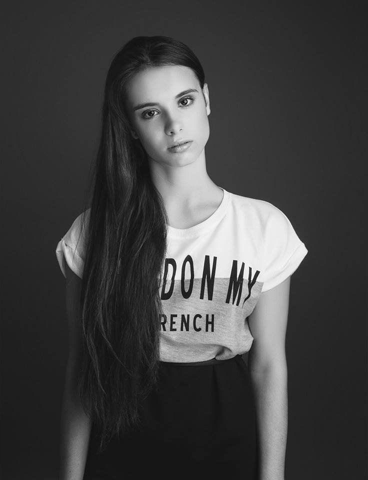 Kedves Olvasóim! A múlt hét folyamán interjút adtam a Reni Beauty and Fashion blog írójának, Csősz Renátának, akivel a közös munka miden pillanatát...