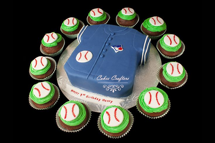 Toronto Blue Jays Baseball Shirt Cake and Cupcakes