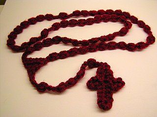 Crocheted Rosary Pattern–FREE!   A black version of this is the only kind that meets the requirements for our troops!