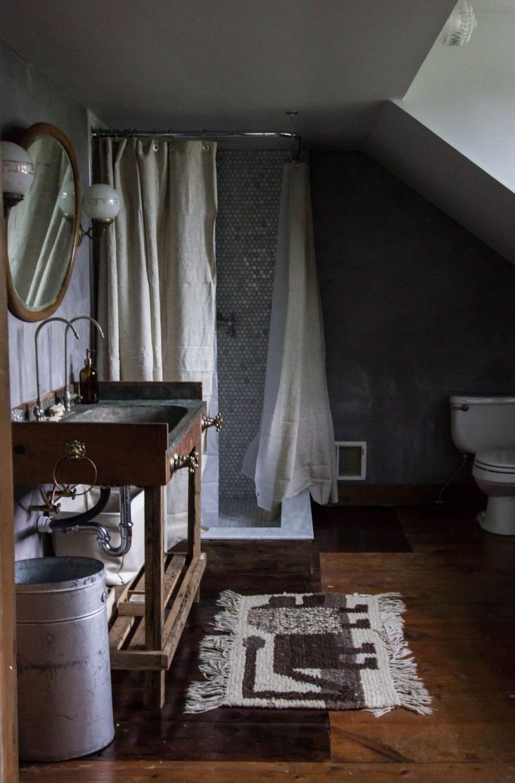 Country bathroom shower curtains - A Country House Reinvented By Jersey Ice Cream Co Dark Bathroomscabin Bathroomsrustic Bathroomsshower Tilesshower Curtainsshower