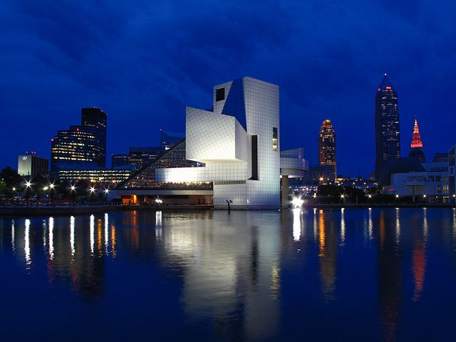 Long exposure. Rock and Roll Hall of Fame, Cleveland, Ohio