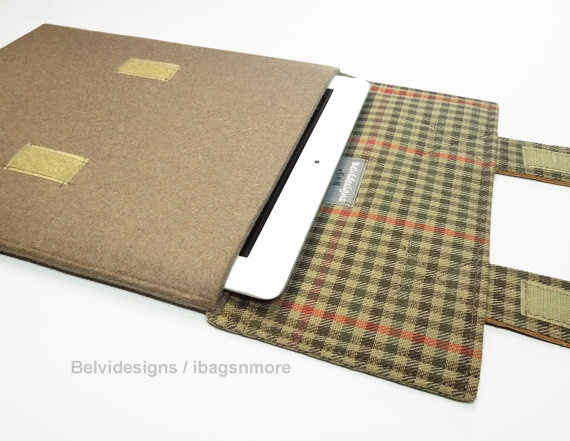 iPad 3 iPad 2 iPad 1 case / sleeve / cover - Brown wool felt with plaid and leather flaps for closure: Wool Felt, Leather Closure, Ipad Cases, Covers Cases, Brown Wool, Leather Flap, Plaid And Leather, Cases Sleeve, Closure Flap