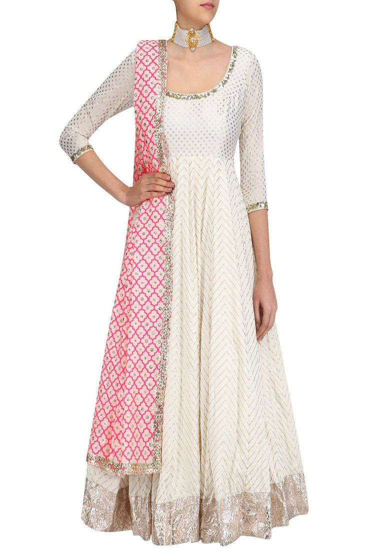 Love this floor length white anarkali kurta for a wedding guest look. Now at flat 40% off. #Frugal2Fab