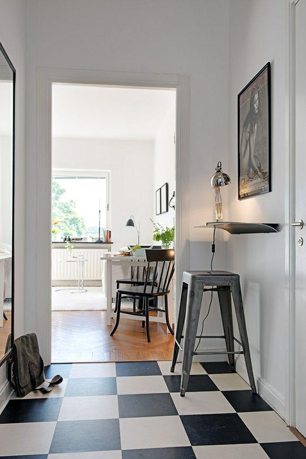 Einzimmerwohnung in Schweden fliesen schwarz weiß flur