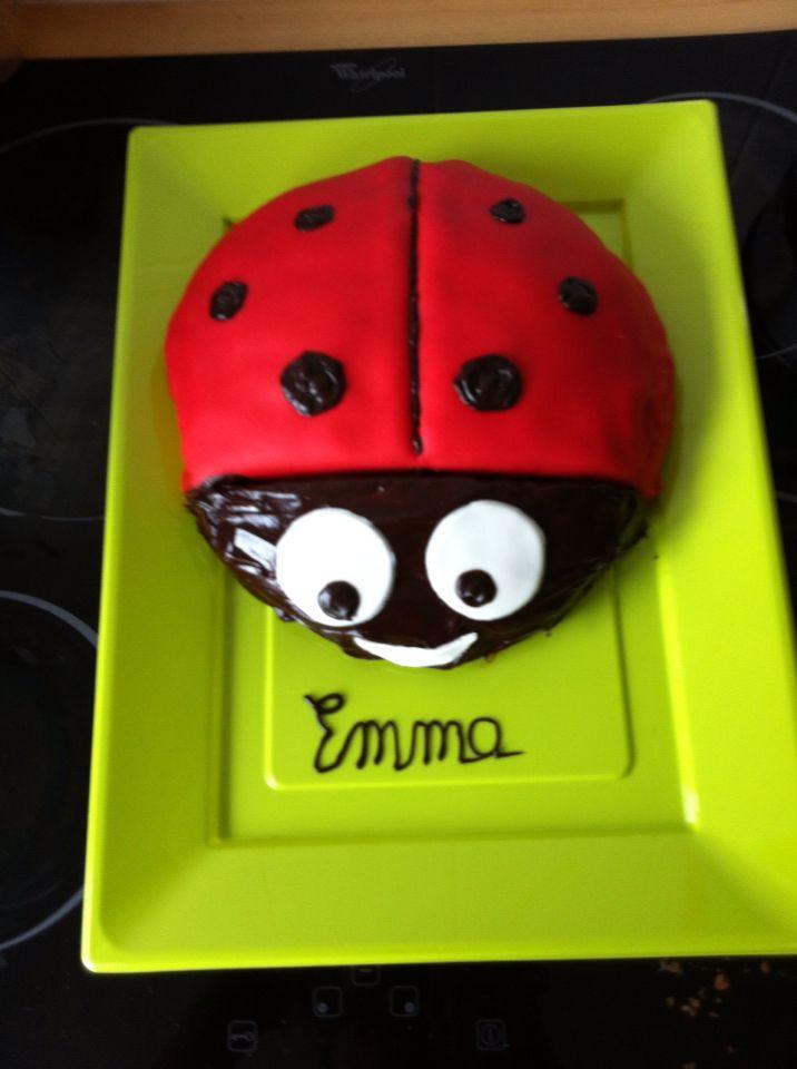 Gâteau coccinelle - Emma 2 ans - Pâte à sucre et chocolat