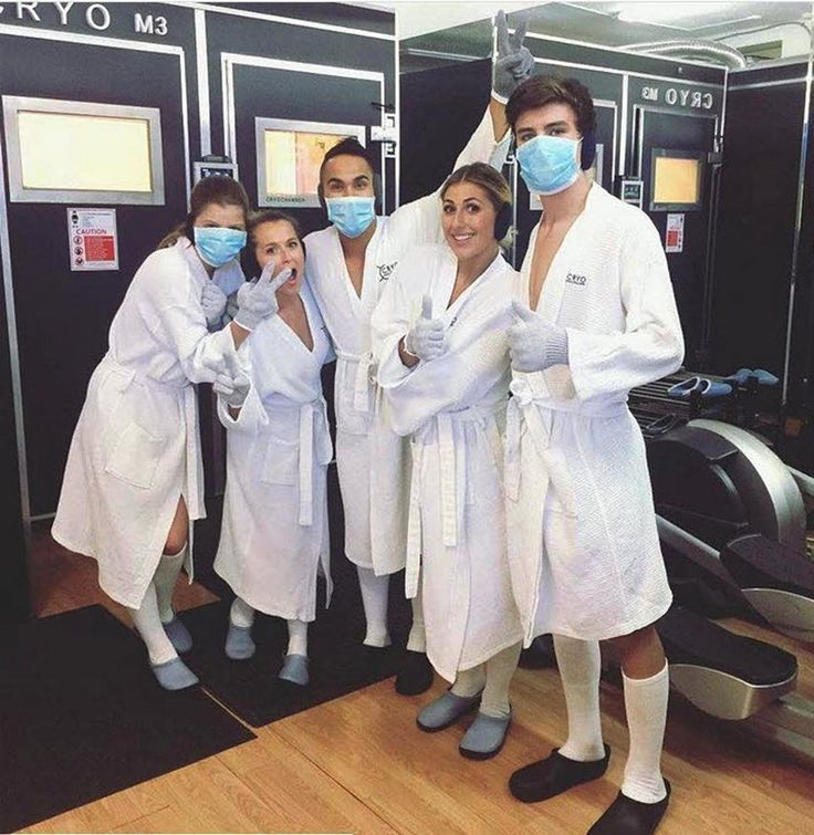 Carlos PenaVega (c) with Hayes Grier, Emma Slater at Cryohealthcare Clinic (photo by Carlos PenaVega)