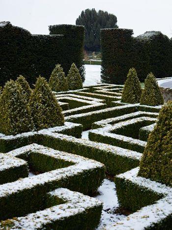 Bourton House in Winter