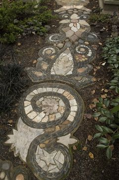 *this* is how to do a mosaic garden path!
