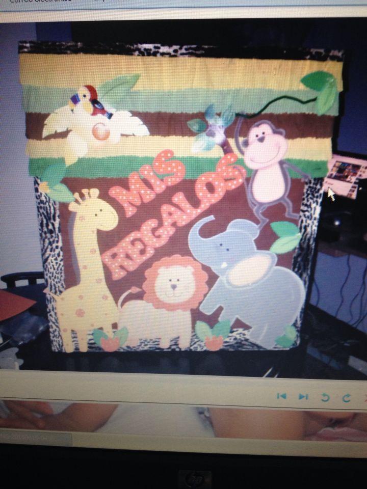 otra caja de regalos para baby shower safari