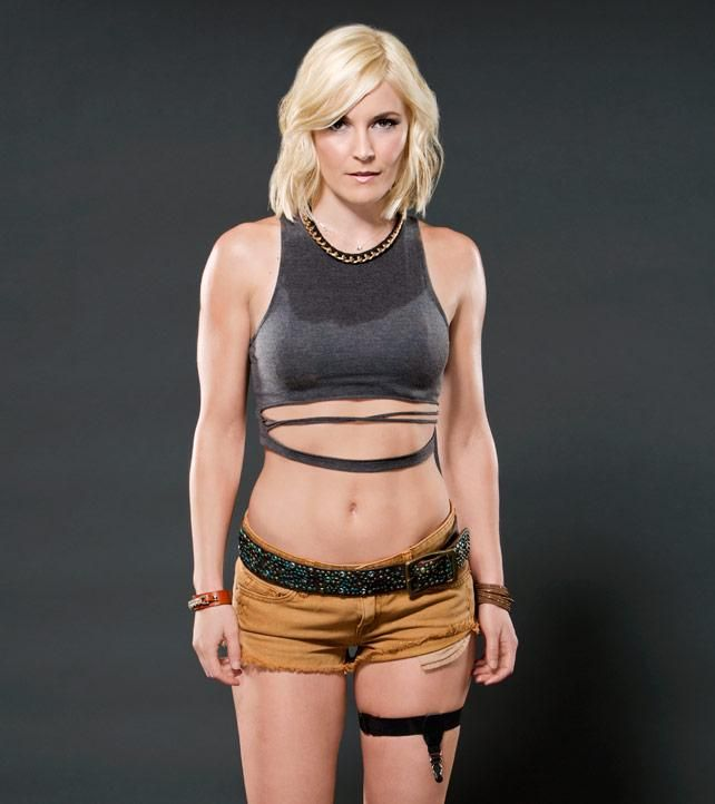 Skinny babe wwe renee young hot sexy video japan