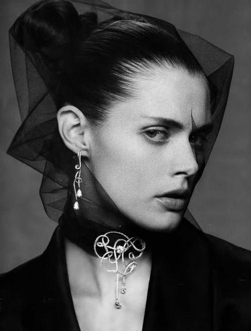 "deshistoiresdemode: ""Malgosia Bela by Mark Segal _ Vogue Paris, October 2007. """