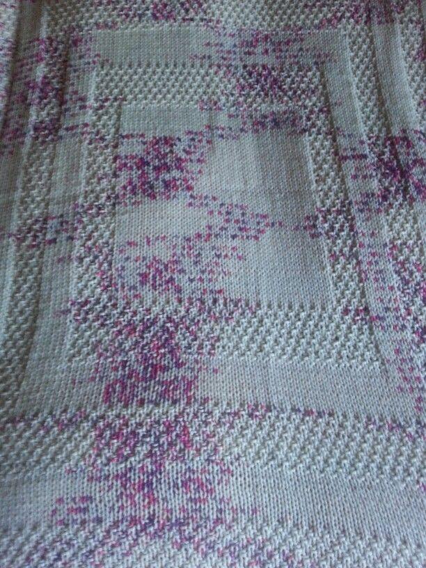 Copertina di lana realizzata con i ferri