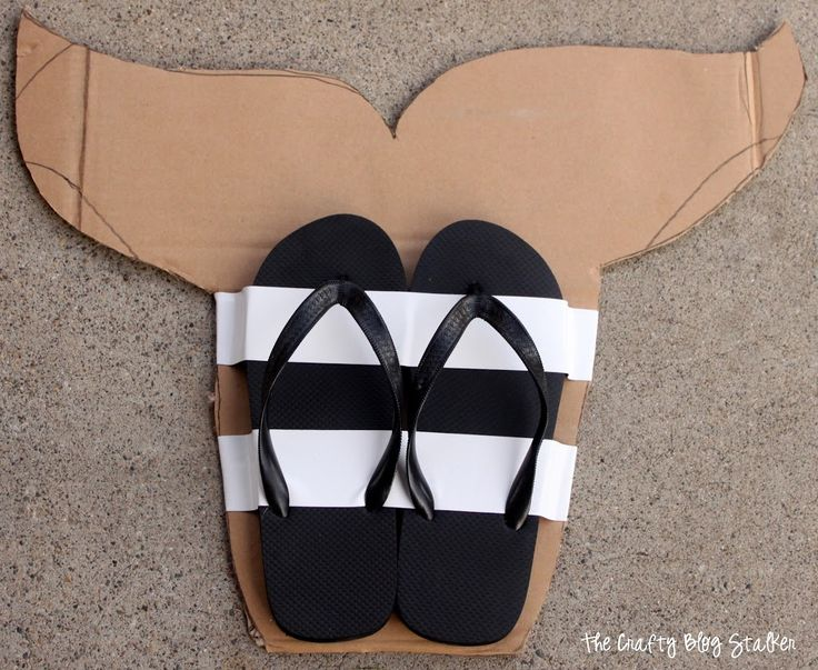 flip flop monofin | ... smaller strips I secured the heels of the flip flops to the cardboard