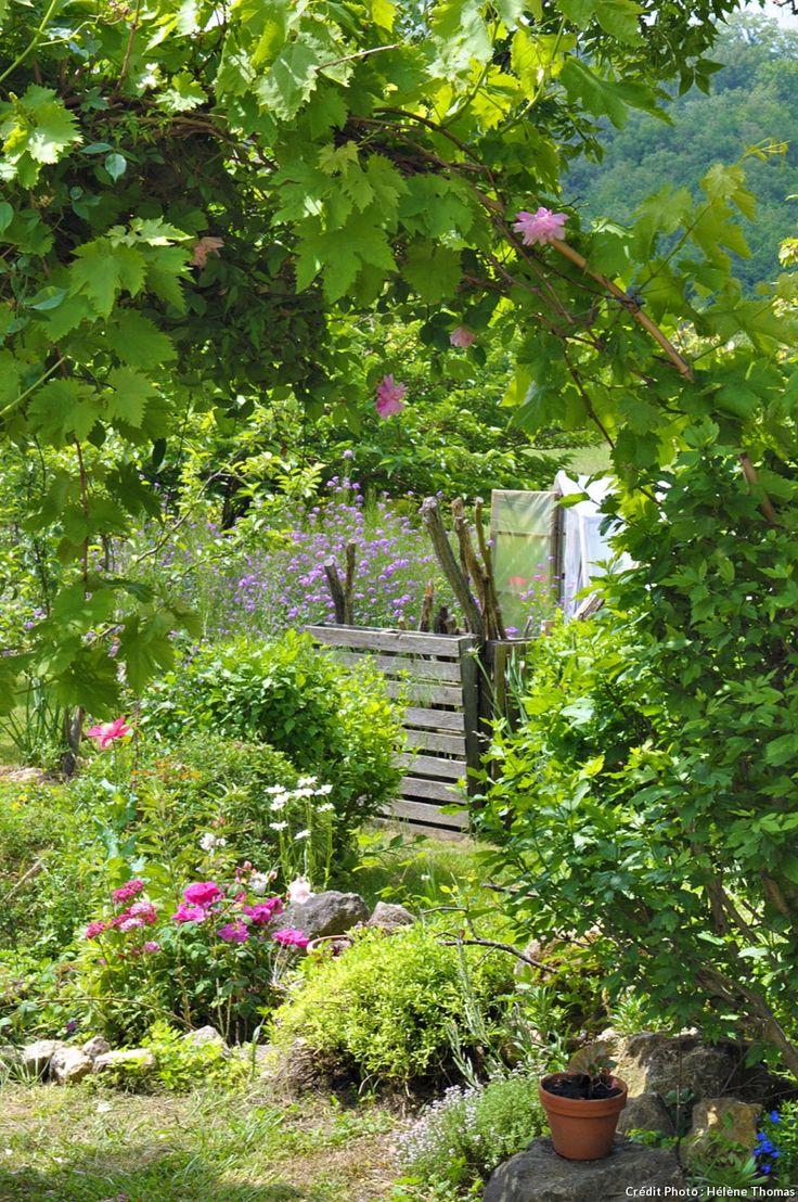 475 best jardin images on pinterest gardening vegetable garden and garden deco. Black Bedroom Furniture Sets. Home Design Ideas