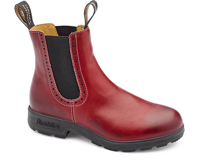 Burgundy Rub Leather Brogue Boots - Blundstone USA