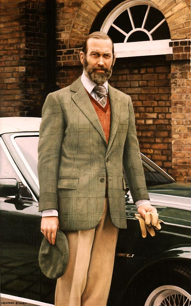 Prince Michael of Kent. Now that Gentlemen, is how you tie a tie.
