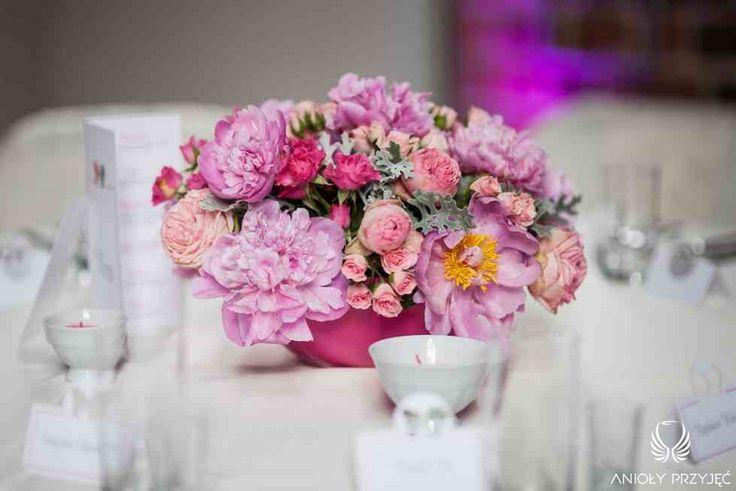 2. Fuchsia Wedding,Pink centerpiece / Wesele fuksjowe,Dekoracja stołu,Anioły Przyjęć