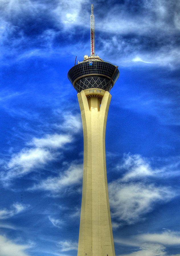 Piercing The Sky Las Vegas Architecture City Ii Pinterest