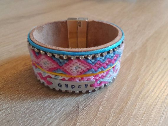 Bekijk dit items in mijn Etsy shop https://www.etsy.com/nl/listing/498679146/friendship-bracelet-gypsy-bracelet