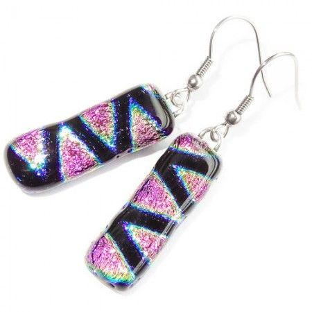 Lange roze oorbellen handgemaakt van speciaal glas! Exclusieve glazen oorhangers uit eigen atelier.