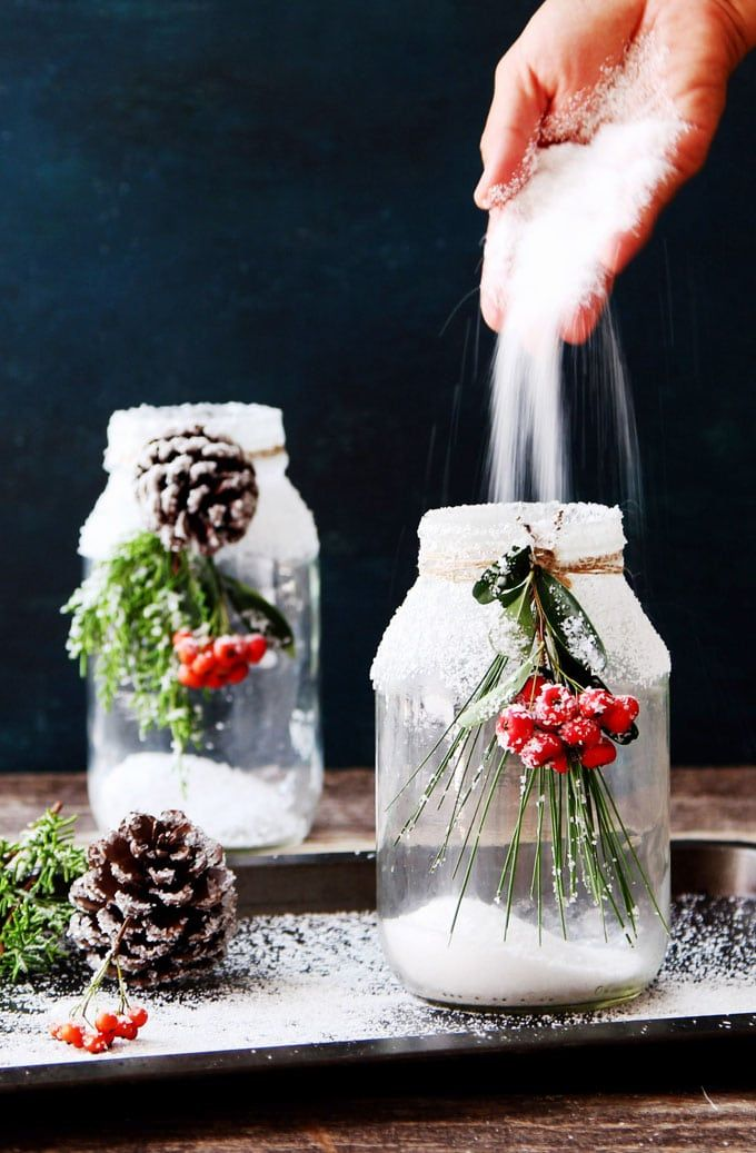 Snowy DIY Mason Jar Centerpieces {5-Minute $1 Decorations}