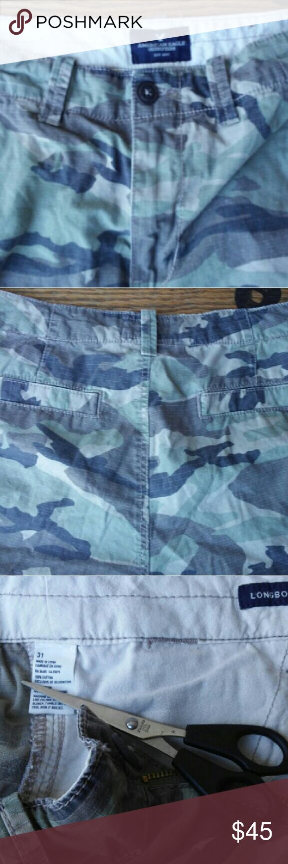 American Eagle Camo Cargo Shorts size  31 Size 31 camo vintage American Eagle Boardshorts American Eagle Outfitters Shorts Cargos