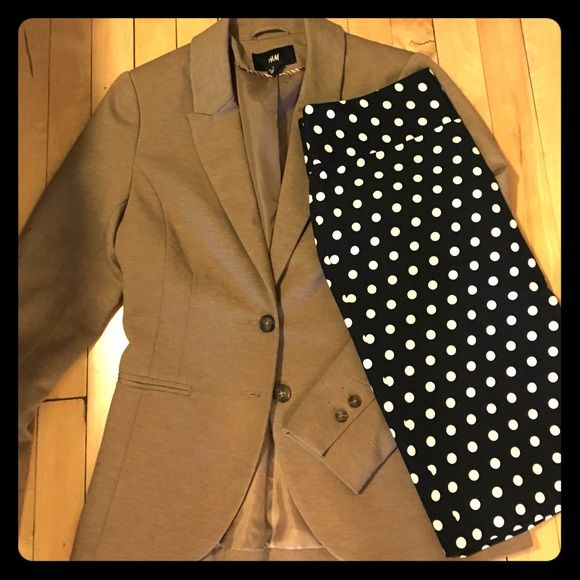 Work chic tan/beige blazer This tailored blazer in super soft material will have people wondering if it was made just for you. Well placed darting and thoughtful seams make this beige blazer a go to for work or with jeans. Like new! H&M Jackets & Coats Blazers