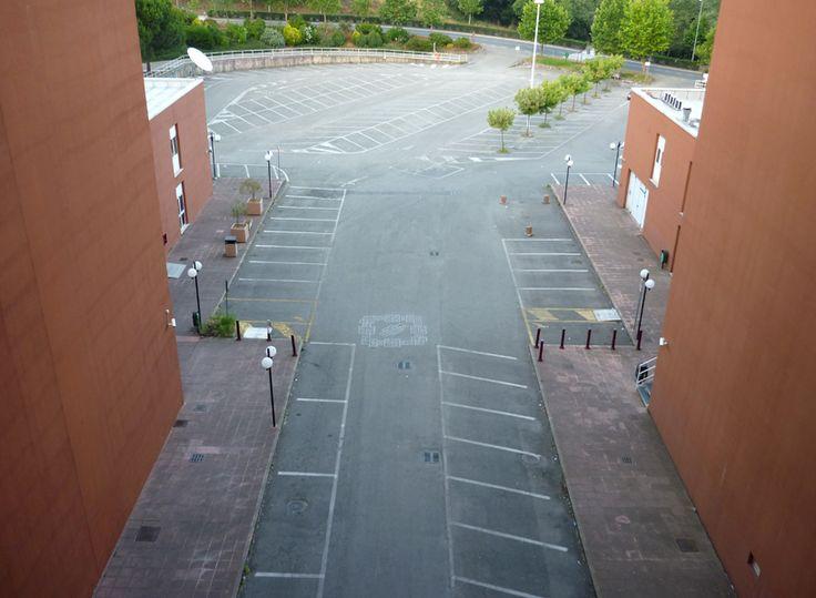 Giovanni Longo, Square hopscotch / installation site specific, 2011, University of Calabria.. + https://www.facebook.com/giovannilongo.art