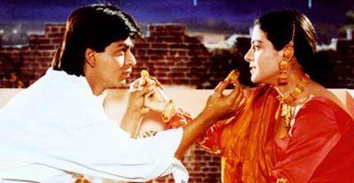 Shahrukh Khan and Kajol as Raj and Simran - Dilwale Dulhania Le Jayenge - DDLJ (1995)
