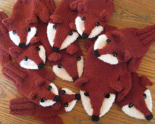 Fox Mittens by Laurie Walton pattern $3.00 on Ravelry at http://www.ravelry.com/patterns/library/fox-mittens