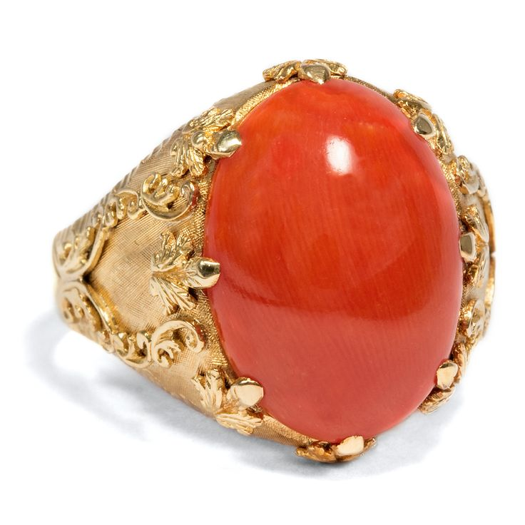 Wenn bei Capri... - Prachtvoller Vintage-Ring aus Gold & roter Koralle, um 1960 von Hofer Antikschmuck aus Berlin // #hoferantikschmuck #antik #schmuck #Ringe #antique #jewellery #jewelry // www.hofer-antikschmuck.de