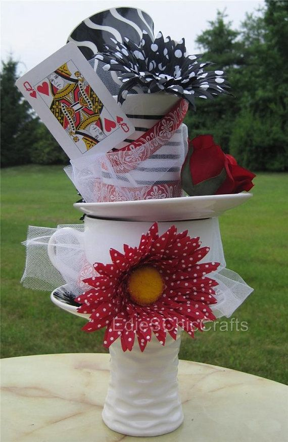 Tall Queen of Hearts Centerpiece 15 inches  by EdieSChicCrafts