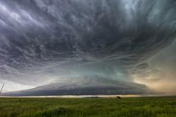 They're Here - Alien looking Supercell while stormchasing in Montana
