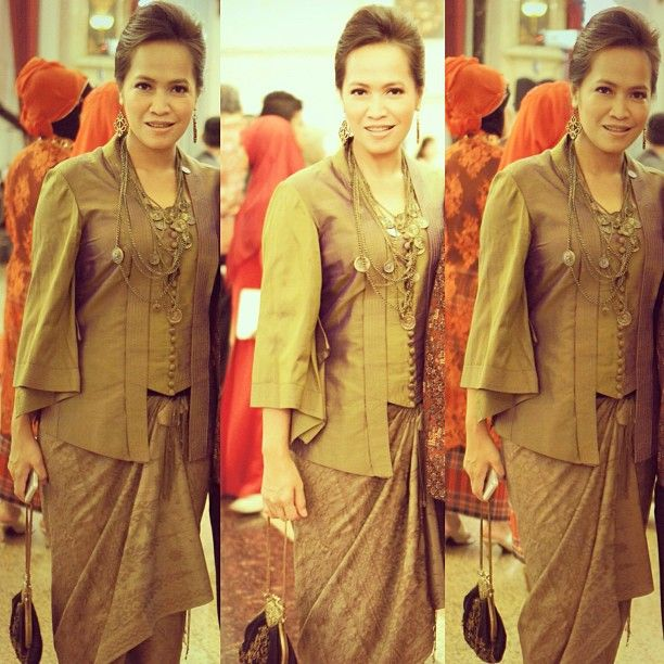 Vera Kebaya - Indonesia (My Favorite desaigner)