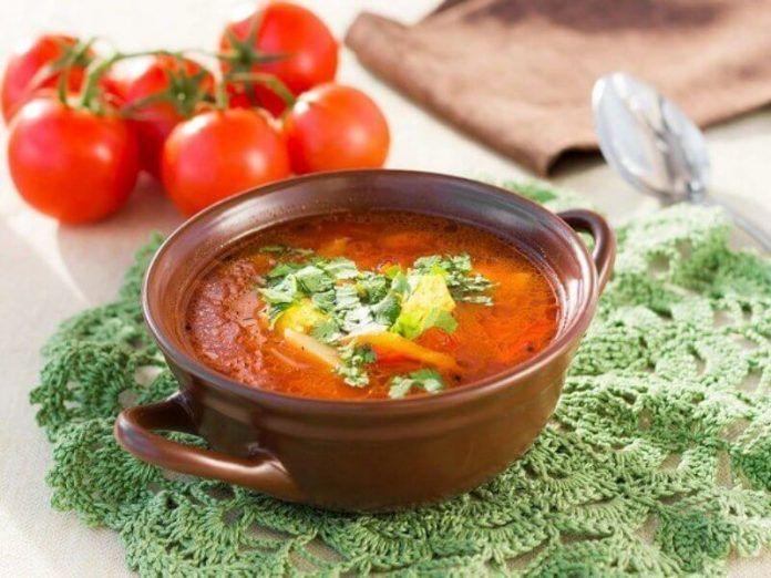 Перед вами рецепт полностью веганского, невероятно вкусного супа харчо. Он такой сытный и наваристый, что даже ваши друзья-мясоеды сразу и не поймут, что это блюдо сделано в постной версии.       …