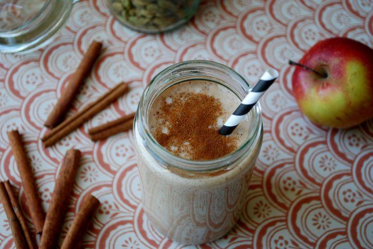 Äppelsmoothie med kanel & kardemumma