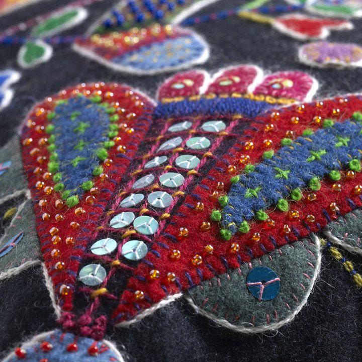 Swedish wool embroidery | Brodera ylle. Svensk Slöjd/Hemslöjdens förlag. 2011-11