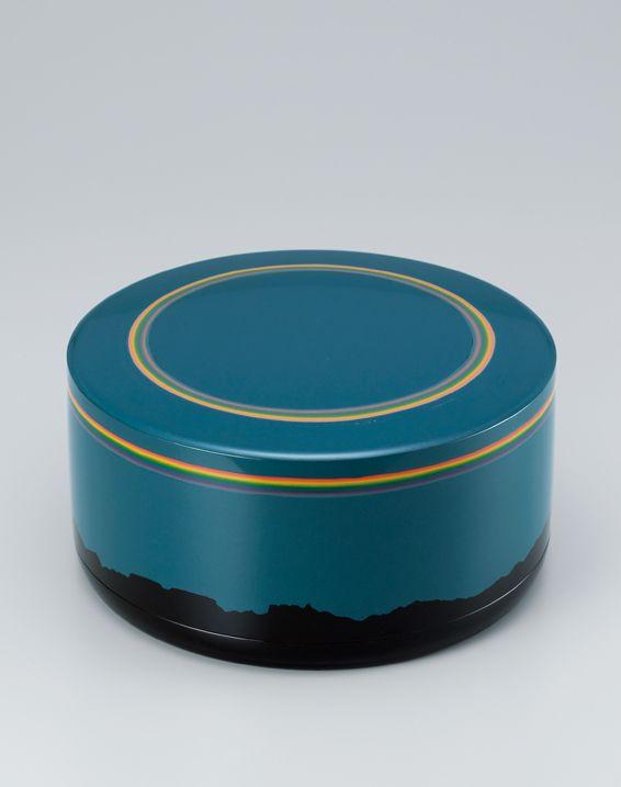 Maki-e lacquer box by National Living Treasure of Japan, Masami ISOI