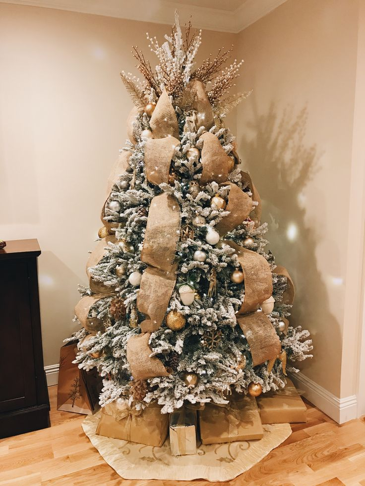 Rustic Fall Wallpaper 25 Unique Flocked Christmas Trees Ideas On Pinterest