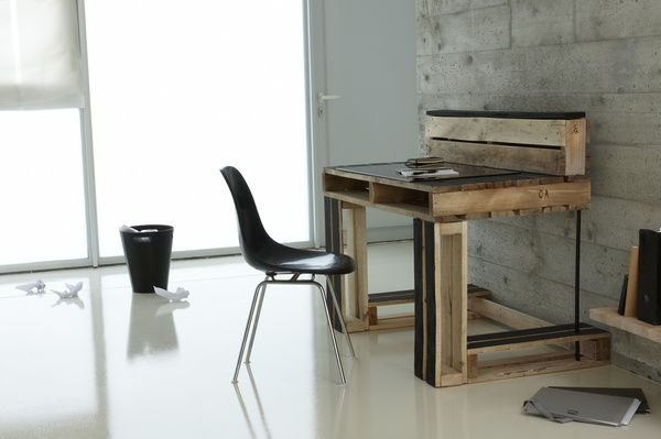 318 best passion for pallets images on pinterest pallet wood wooden pallets and wood pallets. Black Bedroom Furniture Sets. Home Design Ideas